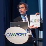Claudio Seebach, presentando el documento Desafíos de la conectividad para el Comercio Exterior
