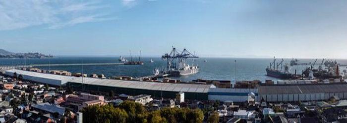 Desaceleración china se deja sentir en tráfico de carga portuaria. No crecería más de 2% en 2015