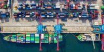 Comercio exterior vía marítima cae 12%